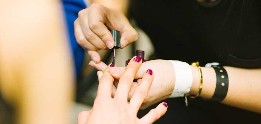 Belleza cuidado de uñas