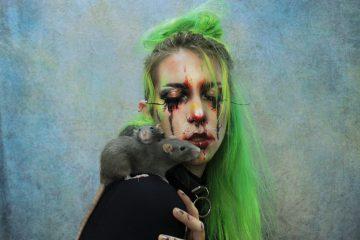 Autorretrato de Mirna Root