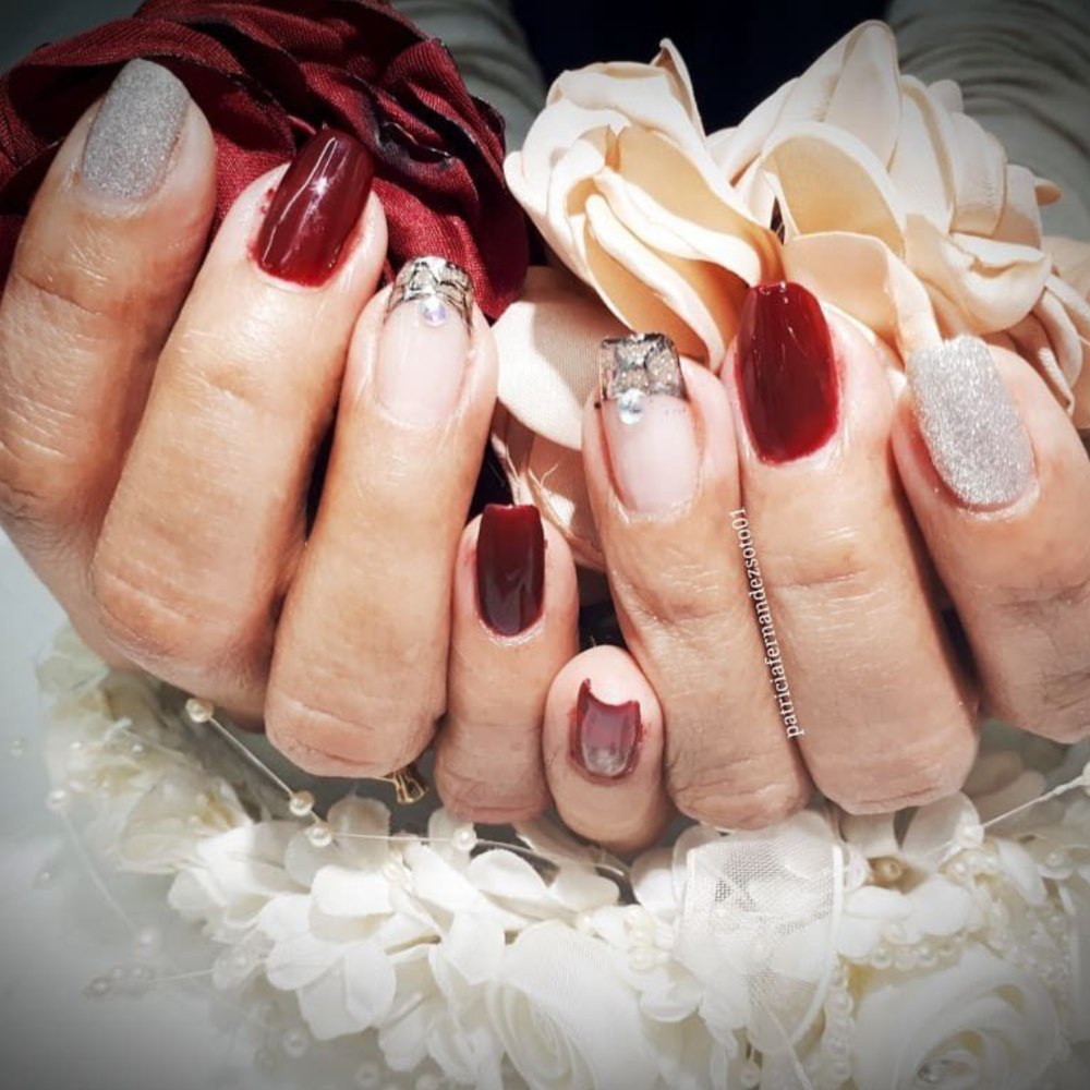 Inspiración de uñas para Navidad