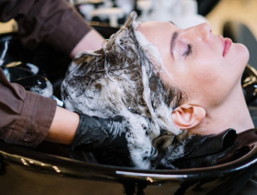 Cómo lavar el pelo profesionalmente